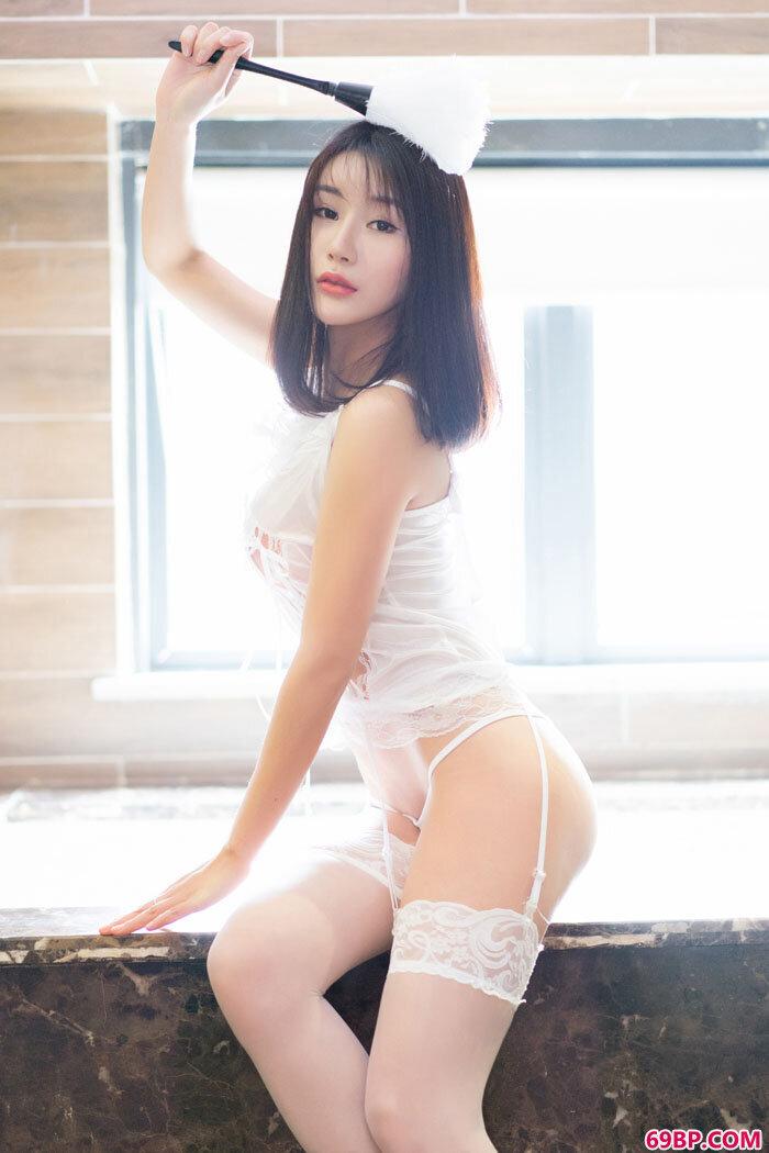 妖艳女仆宋梓诺风韵诱人秀魔鬼身材_西西人体艺术网大胆