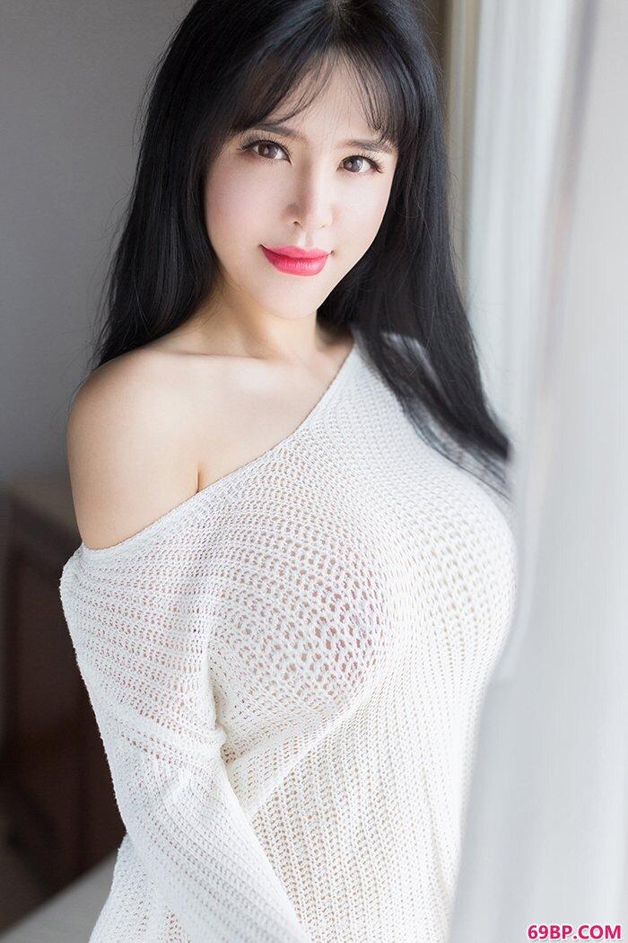 丰乳肥臀刘钰儿姿势动情挑逗无极限_西西人体美女掰B图