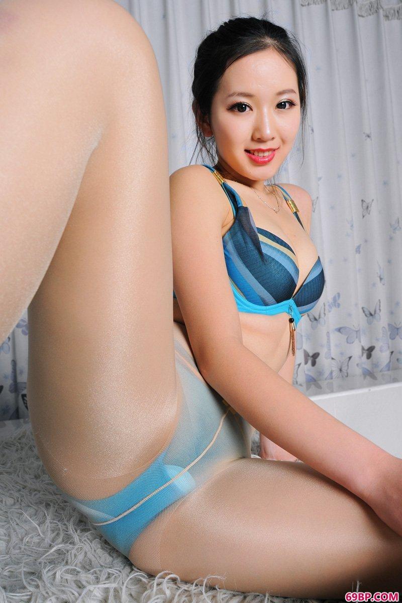 美腿裸模第649期提亚西西_黑人床战中国女人hd