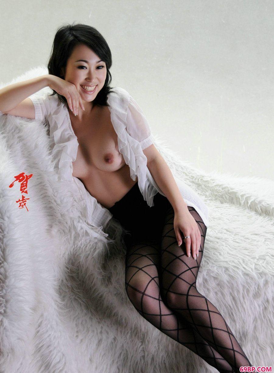 贺岁系列苏蕾黑丝人体图片