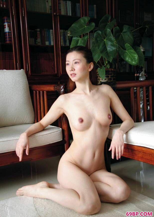 汤加丽艺术图片摄影集_张莜雨