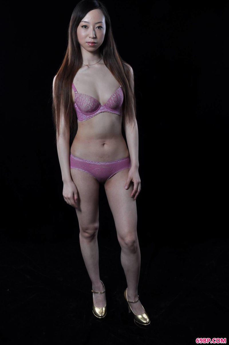 少妇人紫天人体作品