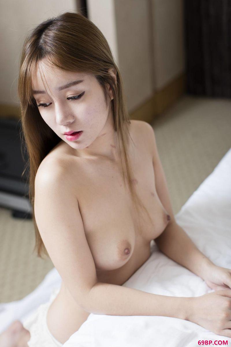 泰国张慧敏圣光人体_王雨纯温柔的美体写真
